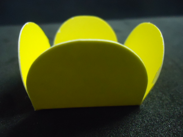 Caixeta de Papel Amarelo