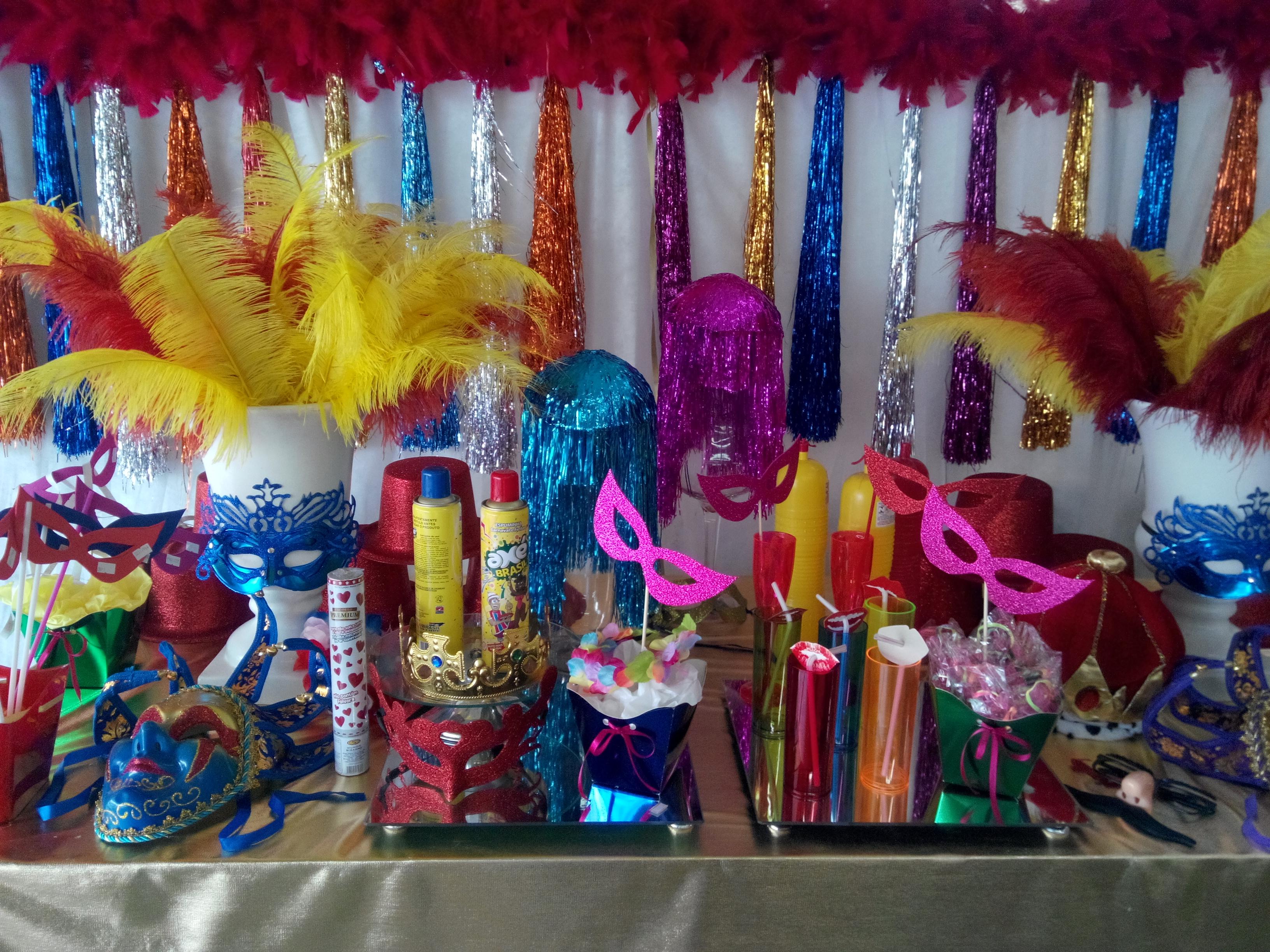 Mesa decorada Carnaval